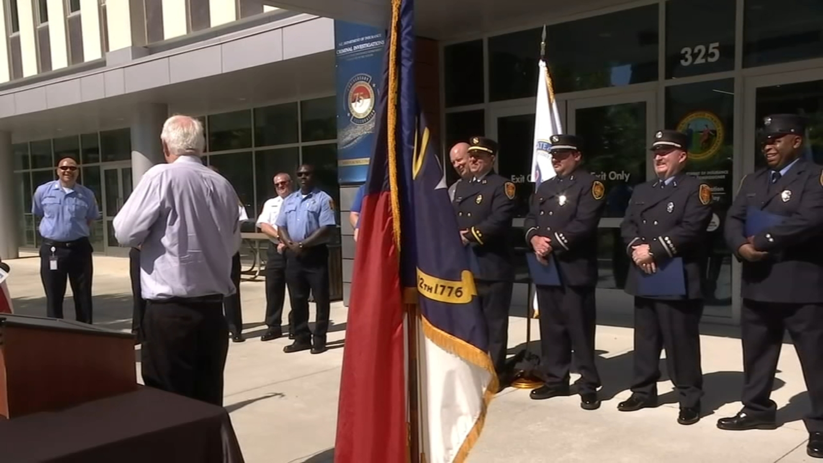 Raleigh firefighters, first responders, stepdaughter honored with SAVE Award for saving lives